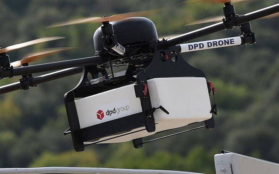 https://www.digitalworks-aircraft.com/wp-content/uploads/2019/12/formation_livraison_drone_dpd.jpg